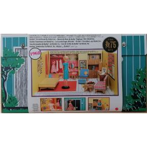 Mattel Barbie 75th Anniversary Retro Dreamhouse (GNC38)